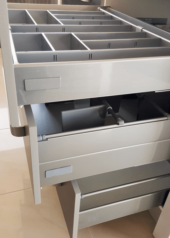 DRAWERS AND HINGES